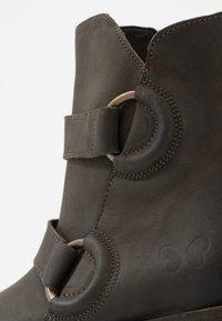 Felmini - COOPER - Cowboy/biker ankle boot - militar - 2