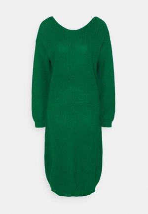 Pletené šaty - green