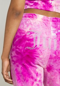 Juicy Couture - TINA TRACK PANTS - Tracksuit bottoms - rosebud/almond blossom - 5