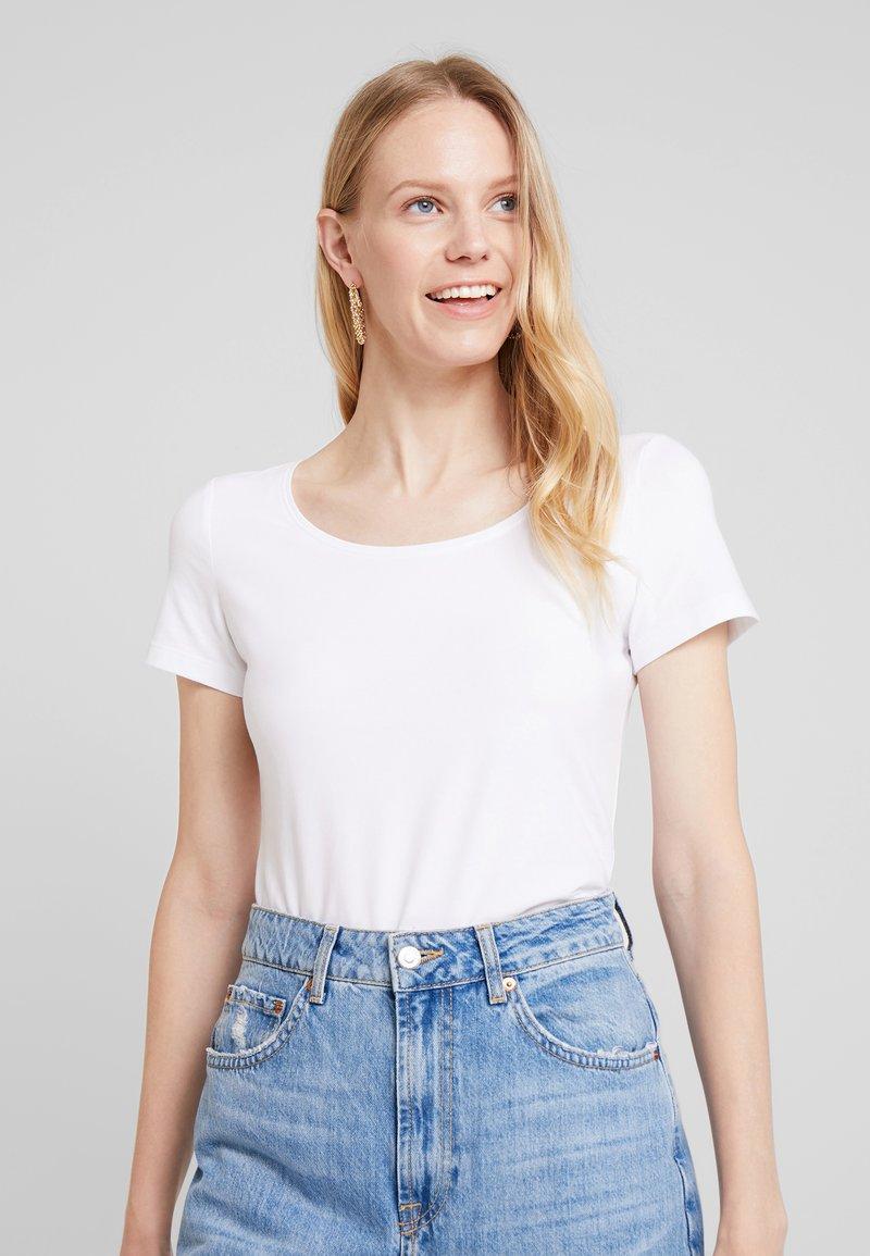 Esprit - CORE  - Jednoduché triko - white