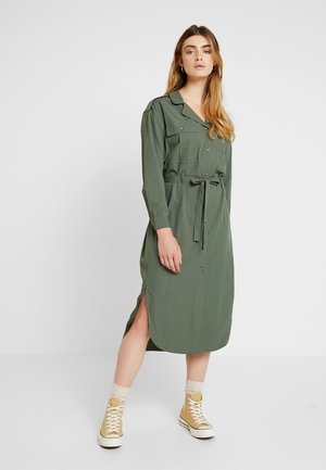 LOTTE DRESS - Košilové šaty - thyme