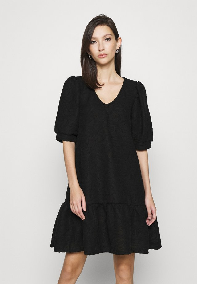ONLDORA PUFF DRESS  - Pletené šaty - black