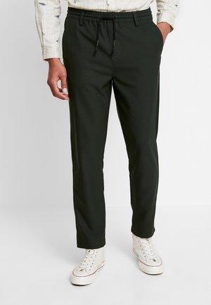 BOBBY PANTS - Trousers - deep depth