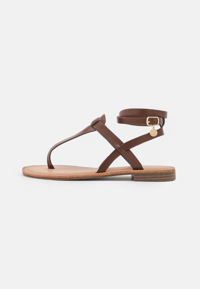 Sandals - soft brown