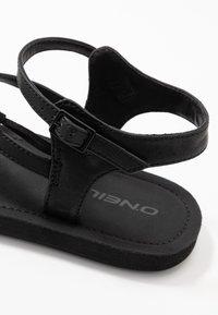 O'Neill - BATIDA COCO - T-bar sandals - black out - 2