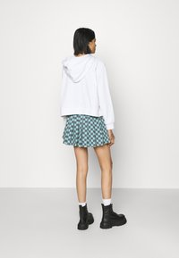 NEW girl ORDER - CHECKERBOARD SKIRT - Plisséskjørt - black/green - 2