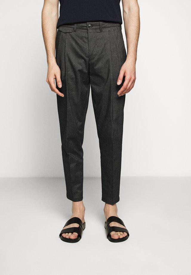 NOSH - Pantaloni - grau