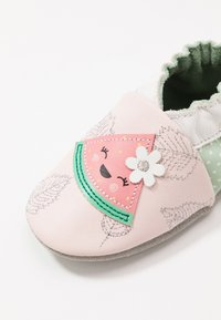 Robeez - FRUIT'S PARTY - First shoes - rose clair/vert clair - 6
