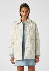 PULL&BEAR - Płaszcz zimowy - beige - 0