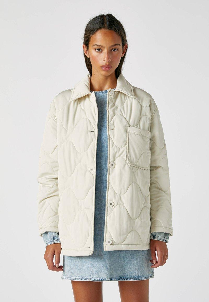 PULL&BEAR - Płaszcz zimowy - beige