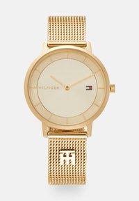 Tommy Hilfiger - DRESSED UP - Klokke - gold-coloured - 0