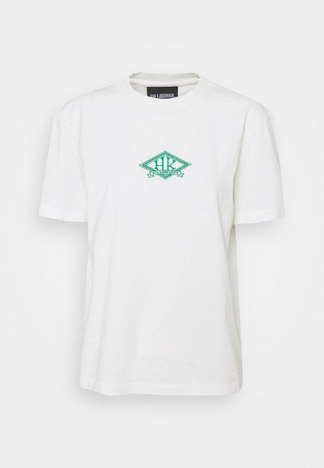 ARTWORK TEE - T-shirt imprimé - off white