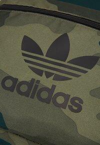 adidas Originals - CAM - Mochila - khaki - 2