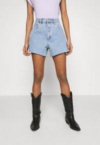 Abrand Jeans - A VENICE - Jeansshort - esmeralda - 0