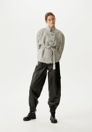Light jacket - grey/white check