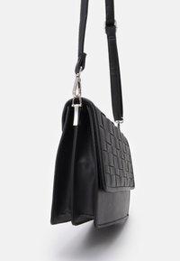 New Look - WOVEN XBODY - Across body bag - black - 3