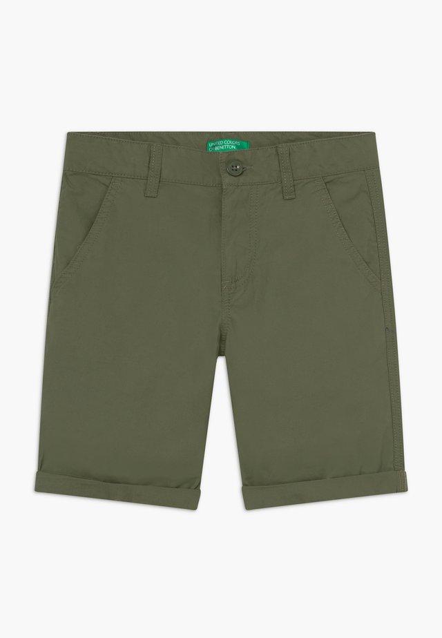 BERMUDA - Shorts - khaki