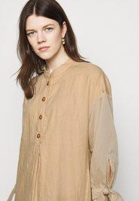 RIANI - Shirt dress - beige - 3