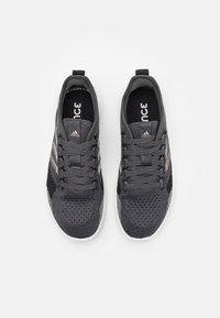 adidas Performance - FLUIDFLOW 2.0 - Sportschoenen - core black/champagne metallic/grey - 3
