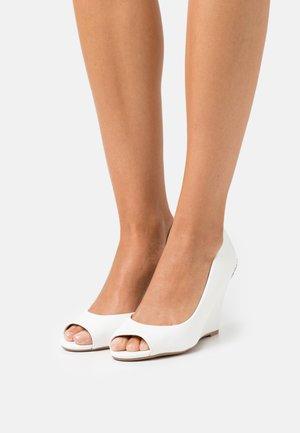 KATHY - Peep toes - white