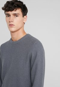 J.LINDEBERG - ARTHUR SMALL STRUCTURE - Jumper - dark grey