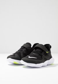 Nike Performance - FREE RN 5.0 - Scarpa da corsa neutra - black/white/anthracite/volt - 2