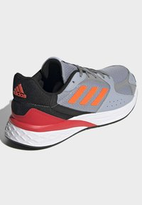 adidas Performance - RESPONSE RUN SCHUH - Neutral running shoes - grey - 2