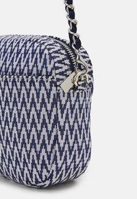 Becksöndergaard - TACK PAYA BAG - Across body bag - classic navy - 3