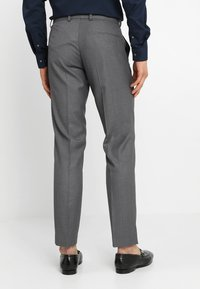 Isaac Dewhirst - FASHION SUIT - Kostuum - mid grey - 5