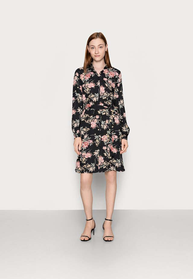 PCPAOLA DRESS - Shirt dress - black