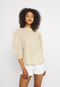 b.young - BXHALNA BLOUSE - Print T-shirt - white pepper - 0
