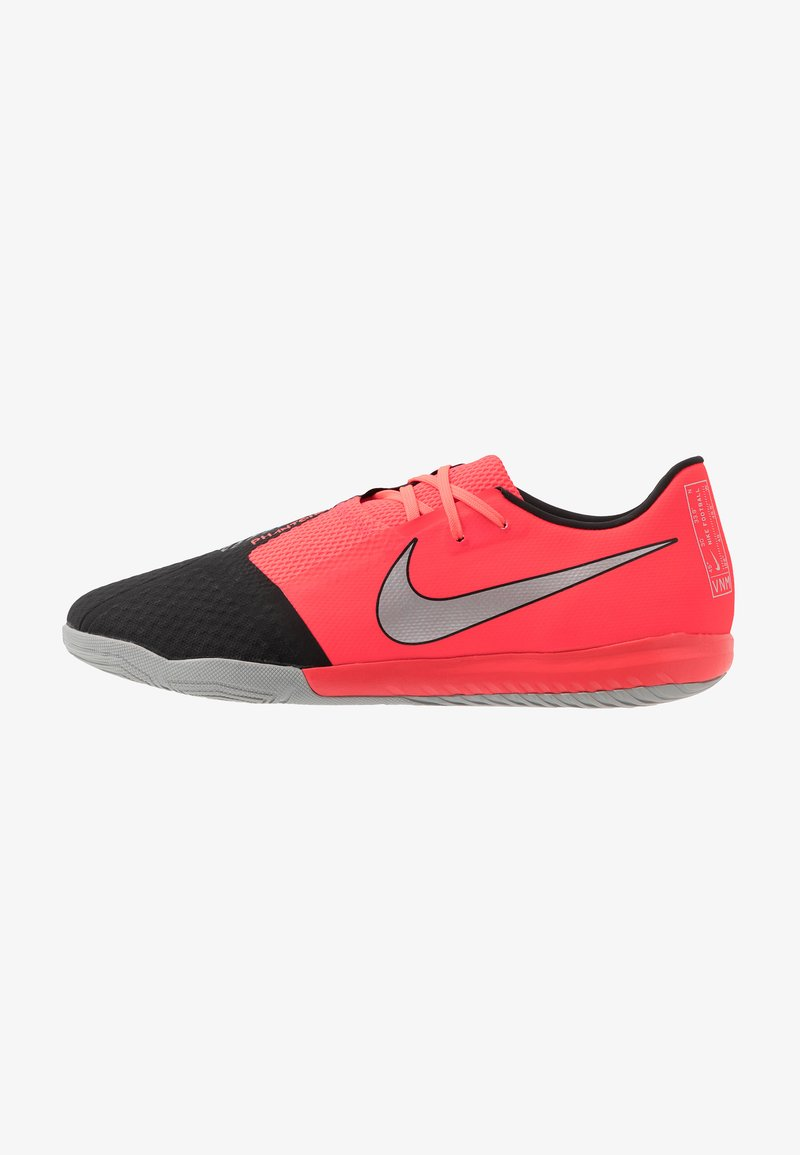 Nike Performance - PHANTOM ACADEMY IC - Indoor football boots - laser crimson/metallic silver/black