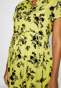Queen Mum - DRESS NURS BANGKOK - Korte jurk - sunshine - 3