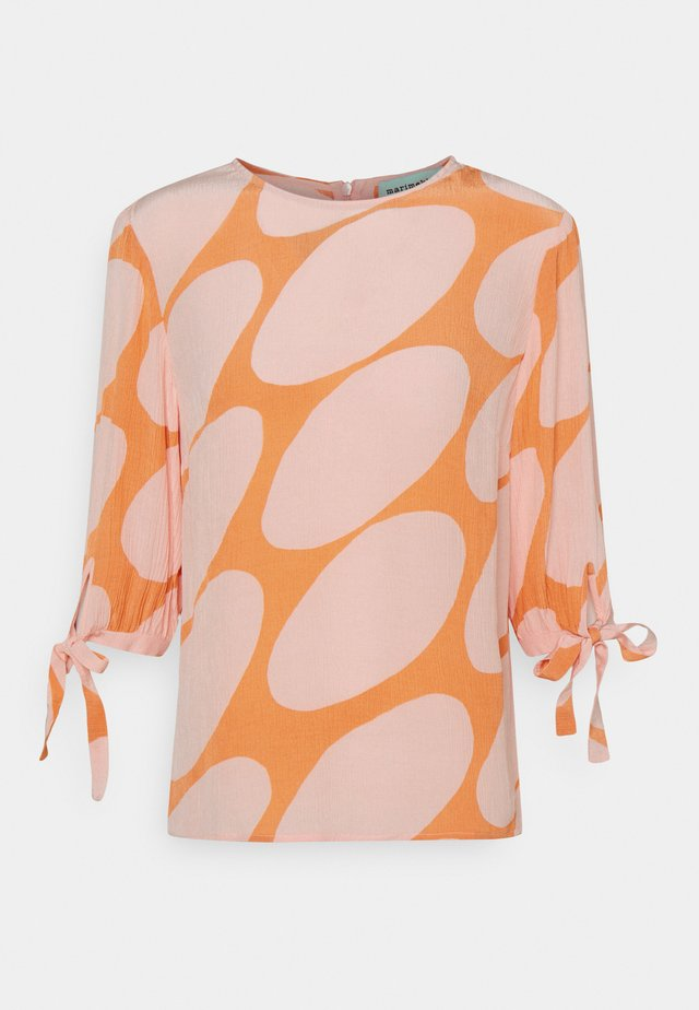 HENNON LINSSI - Longsleeve - coral/pink