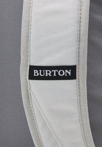 Burton - TINDER 2.0 UNISEX - Batoh - lunar gray cordura - 4