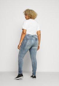 ZAY - LONG - Jeans Skinny - light blue denim - 2