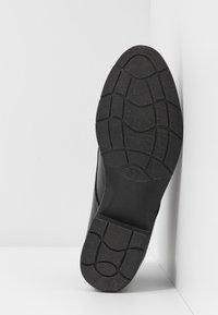 Marco Tozzi - Kotníková obuv - black antic - 6