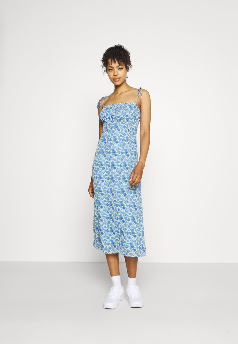 Missguided - TIE STRAP RUCHED BUST MIDAXI FLORAL - Day dress - blue