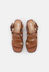 Emmshu - DITA - Korkeakorkoiset sandaalit - brown - 5