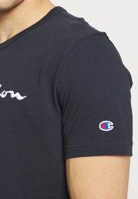 Champion Reverse Weave - T-shirt imprimé - dark blue - 3