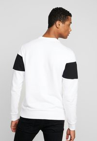 Calvin Klein - LOGO - Sweatshirt - white - 2