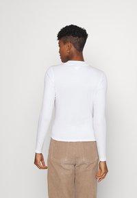 Monki - Top sdlouhým rukávem - white solid - 2