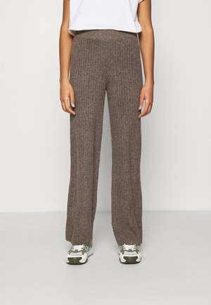 NMSALLY LOOSE PANT - Tygbyxor - taupe gray