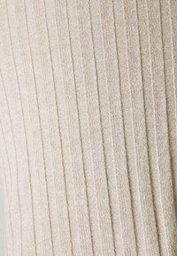 Gina Tricot - TARA - Shorts - beige - 2