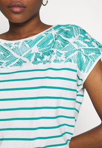 Esprit - STRIPED TEE - Print T-shirt - teal green - 4