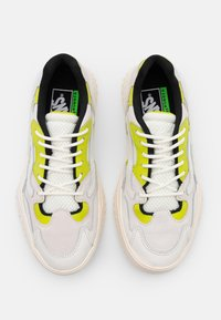 Vans - CITY  - Sneakers - marshmallow/lime - 3