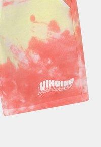 Vingino - RAJARI - Shorts - beach red - 2