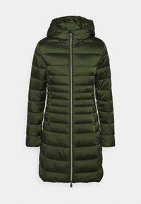 Save the duck - IRIS CAMILLE - Short coat - pine green - 3