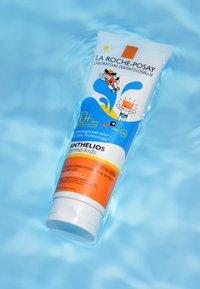 La Roche-Posay - ANTHELIOS DERMO-KIDS WET SKIN GEL - Sun protection - - - 1