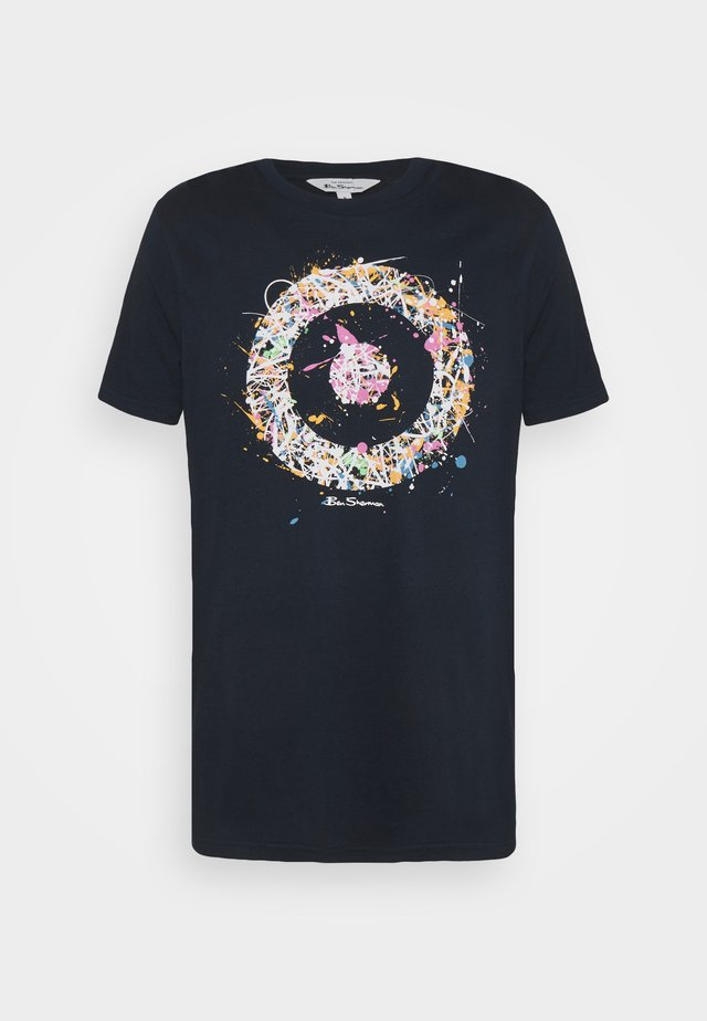 PAINTED TARGET TEE - T-shirt con stampa - airforce